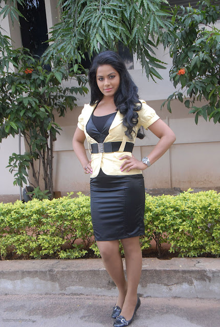 Hot Rachana Mourya latest photo shoot