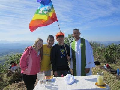 Acampamento Missionário na Serra do Arreio, em Tamarana/PR