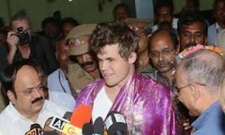 Magnus Carlsen,challenger d'Anand est arrivé en Inde