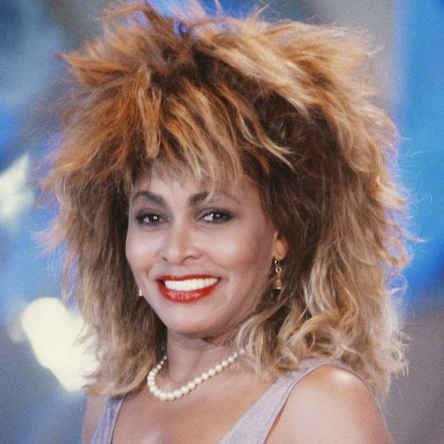 The fact that this look will not lead anyone but Tina Turner did not make it any less iconic. Bulky bleached hair accompanied the singer for many years of his career and is almost as recognizable as his voice.