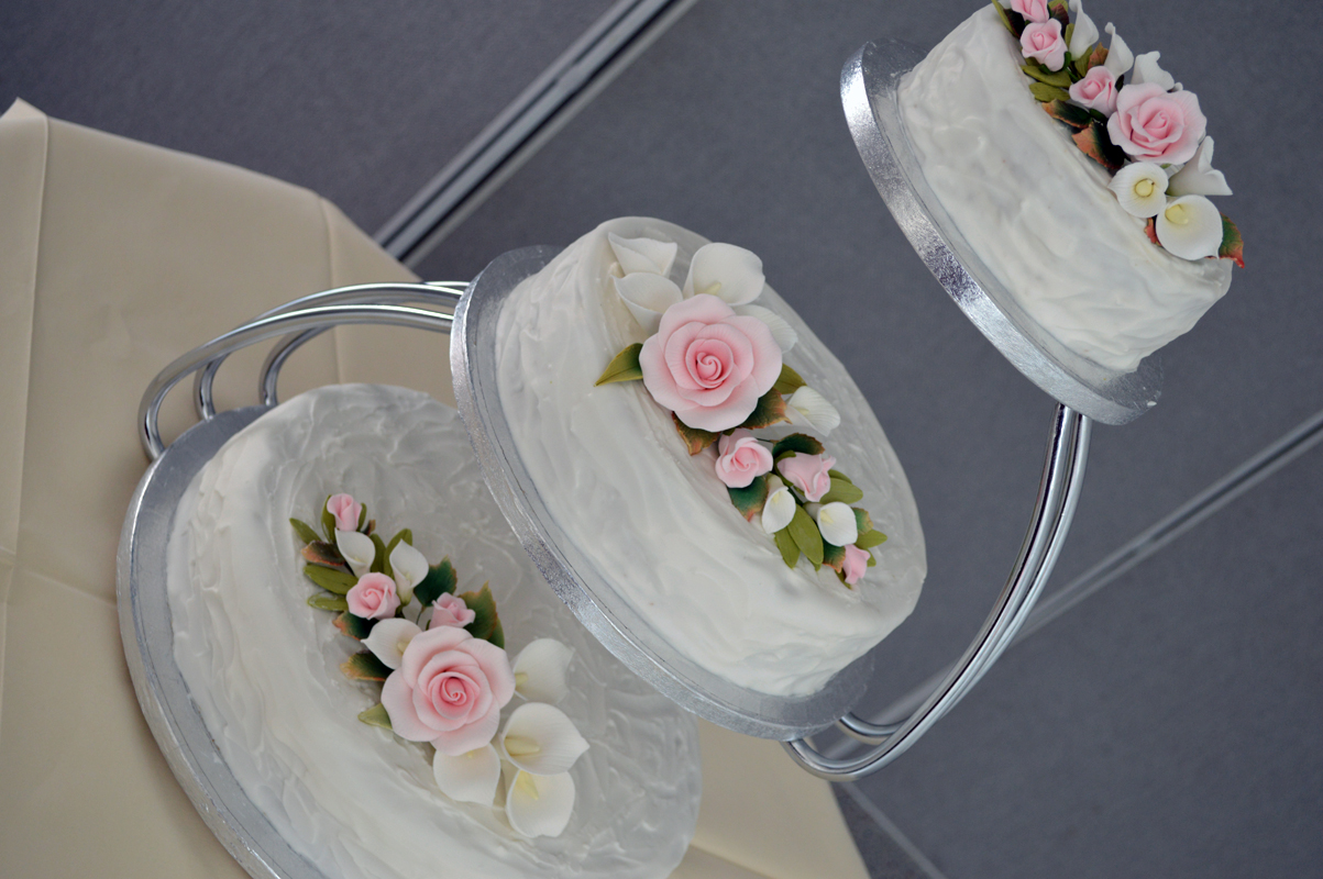 Cake With Buttercream Icing Storage : A Very Busy Baking Week! SUGAR, DARLING?