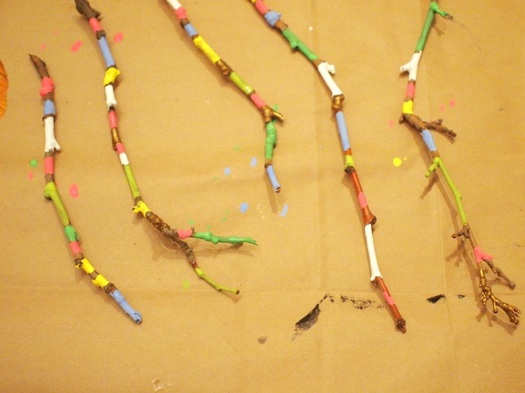 Painted twig and pipe cleaner wall art | Pink Stripey Socks
