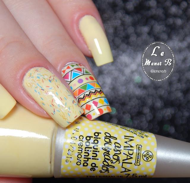 nail art com esmalte amarelo