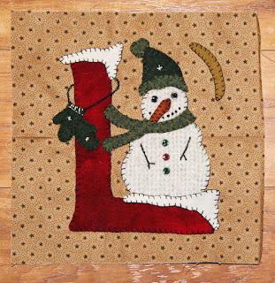 http://1.bp.blogspot.com/-IyF344H0jvU/VqbSsL_y7eI/AAAAAAAAI0s/40_du1w24m8/s320/snowmanL.jpg