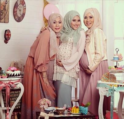 Tips Memakai Busana Hijab Tetap Stylish Saat Hamil