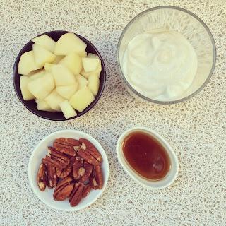 yaourt poires et noix de pécan caramélisées au sirop d'érable
