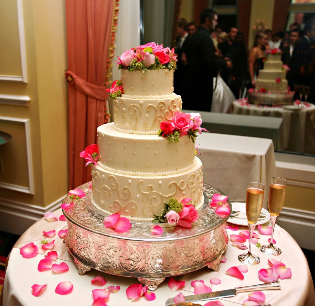 Cake Design Ideas For Wedding : Simple wedding cake design ideas