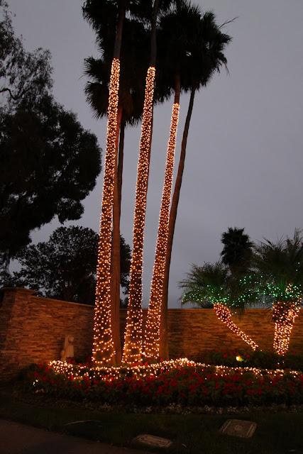 christmas lights mid-century modern style