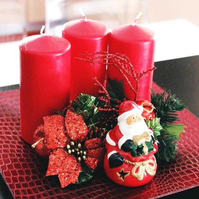 Jelena Zivanovic Instagram @lelazivanovic.Glam fab week.Red Christmas home decoration.Red candles.Crvene svece.Crvena novogodisnja dekoracija.