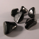 http://www.etemetaphysical.com/shungite-grid-set-of-6-mddiy009/