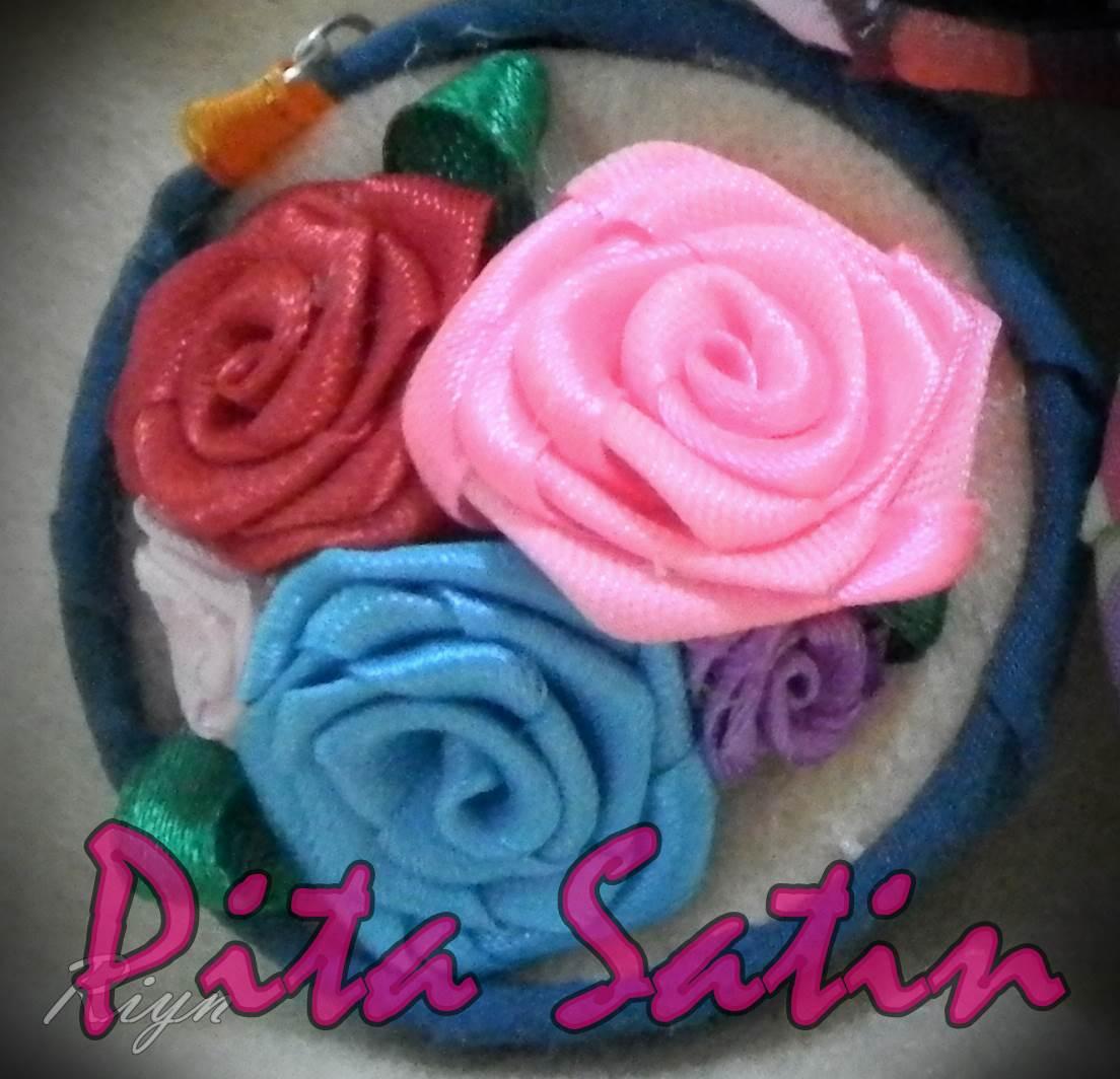 Kerajinan Pita Satin