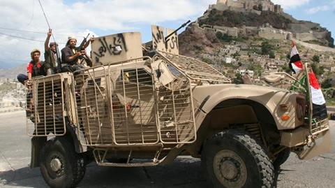 Balas Rudal Houthi, Koalisi Saudi Serang Pos Militer Houthi di Sanaa Yaman