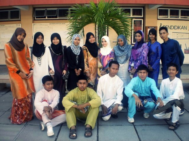 5Tk. raya 2010.=)