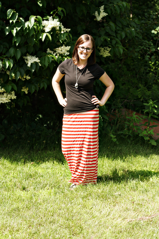 We love how Chelsea Thom styled our Red Sailor Striped maxi with a knotted shirt.