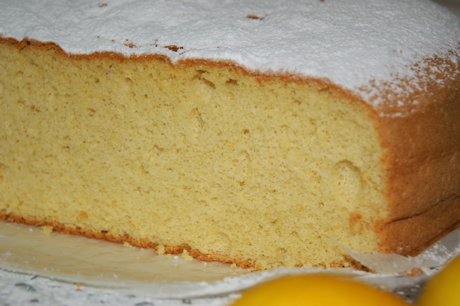 Anna recetas f ciles bizcocho cl sico muy esponjoso for Bizcocho limon esponjoso