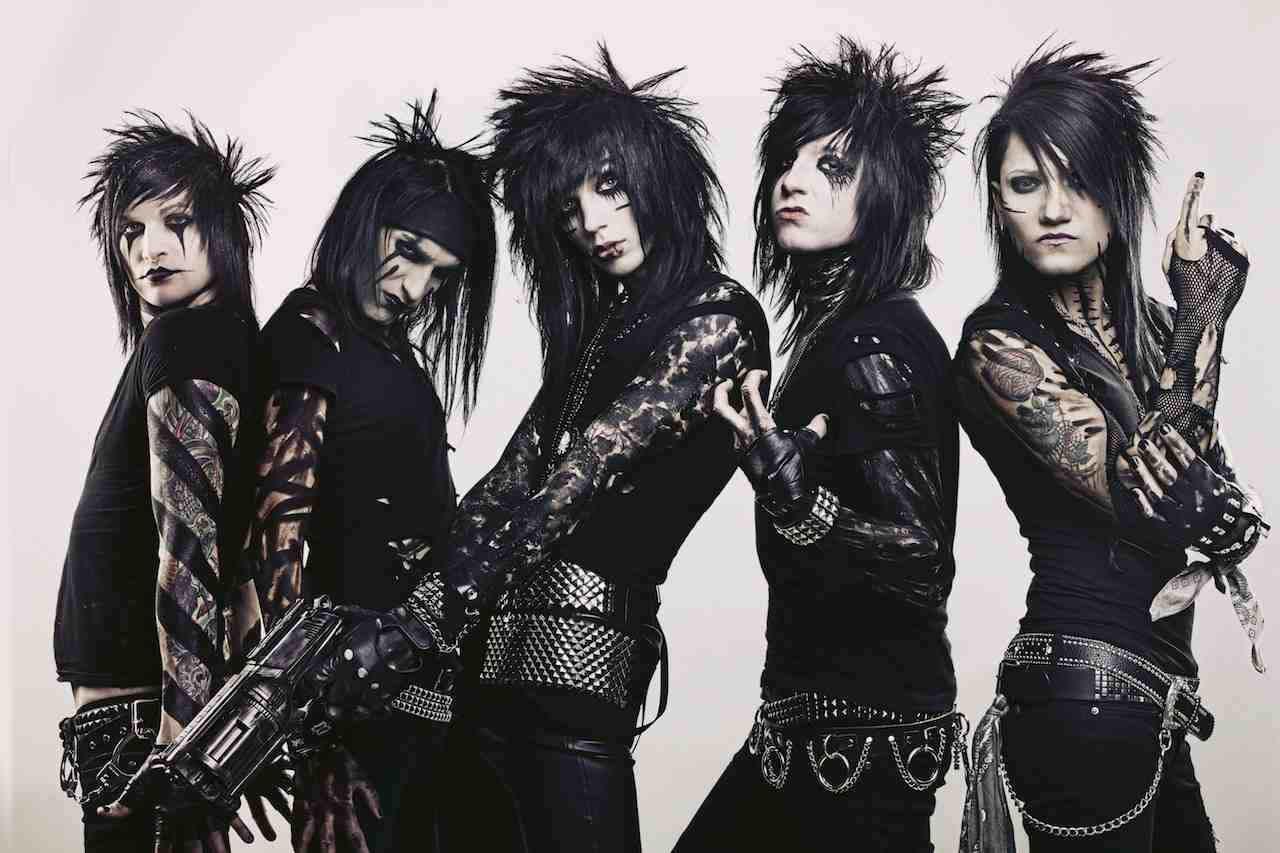 the black viel  brides