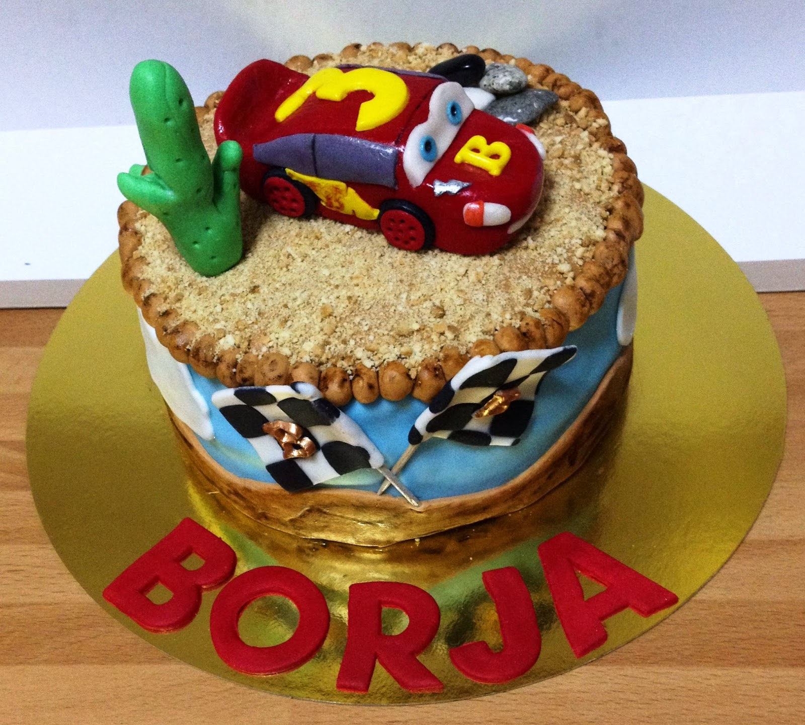 tarta cars; tarta decorada cars; tarta fondant cars; tarta fondant; tarta rayo mcqueen;