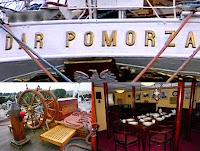 Ruangan di Kapal Dar Pormoza