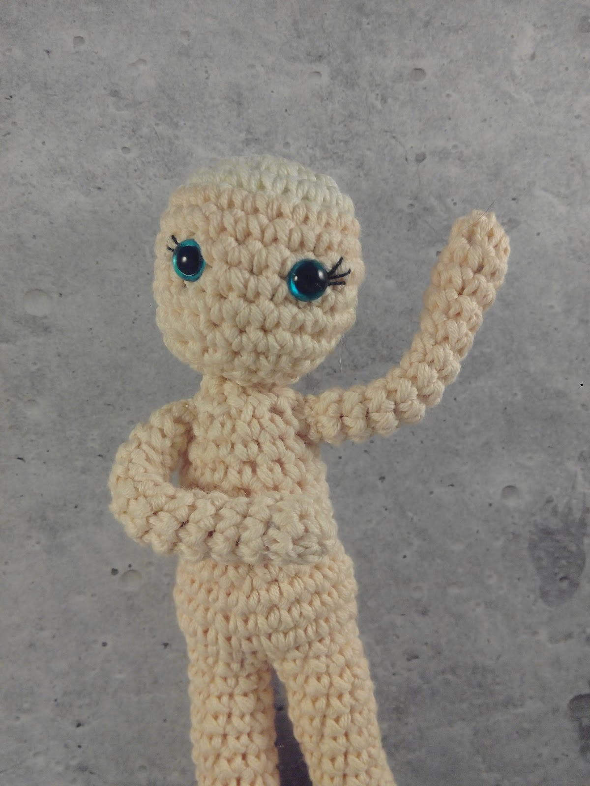 Amigurumi Arms Pattern : Geekurumi: How to make poseable arms for your amigurumi