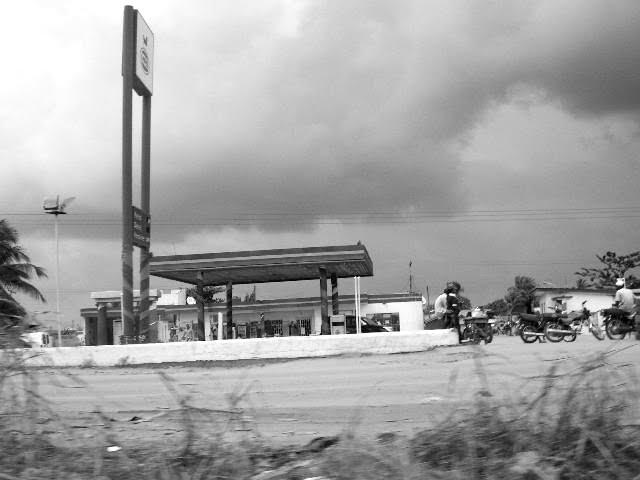 CA -petrole station- LAGOS / NIGERIA