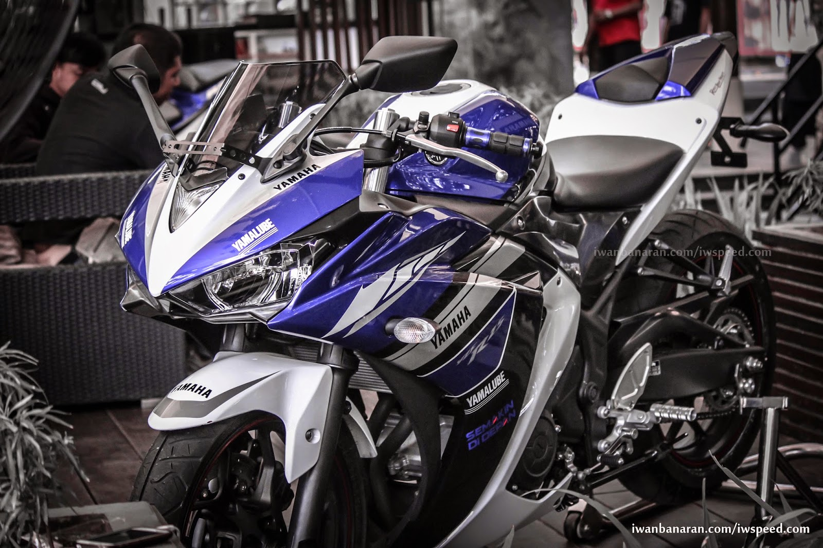 Spesifikasi Harga Yamaha R25 Terbaru