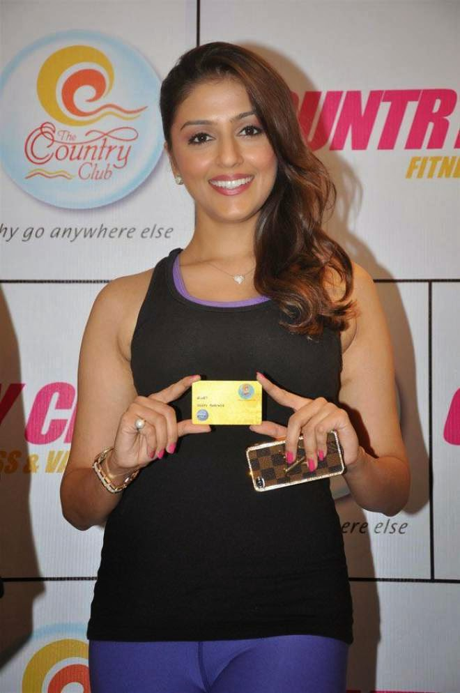 aarti chabria latest gym pics