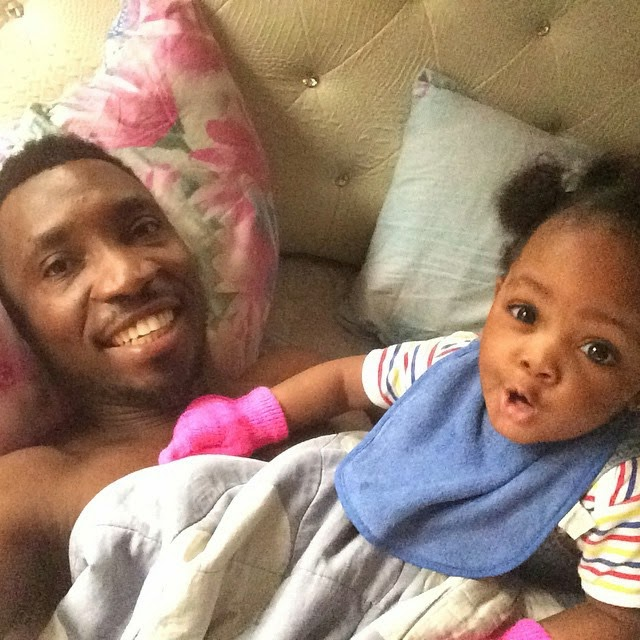 Daddy Duty Alert! Timi Dakolo Baby Sits His Cute Daughter While Wifey Goes Out! Photos
