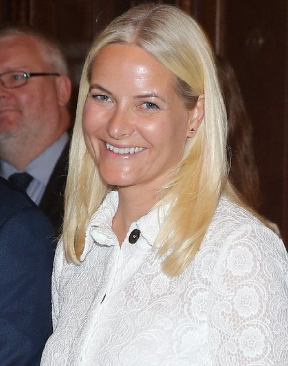 Princess Mette Marit And Prince Haakon Attended A Ceremony To Celebrate The Gift Of Norwegian Textile In New York