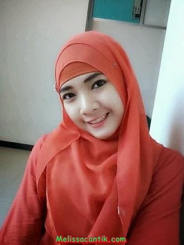 Foto-Foto Wanita Muda Alis Tebal Cantik Berjilbab | Foto Cewek Cantik ...