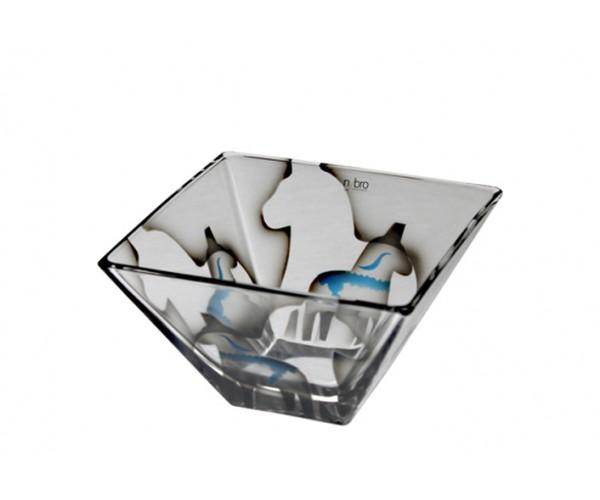 manufakturwarenforum das dalapferd gibt es auch in glas von nybro crystal. Black Bedroom Furniture Sets. Home Design Ideas