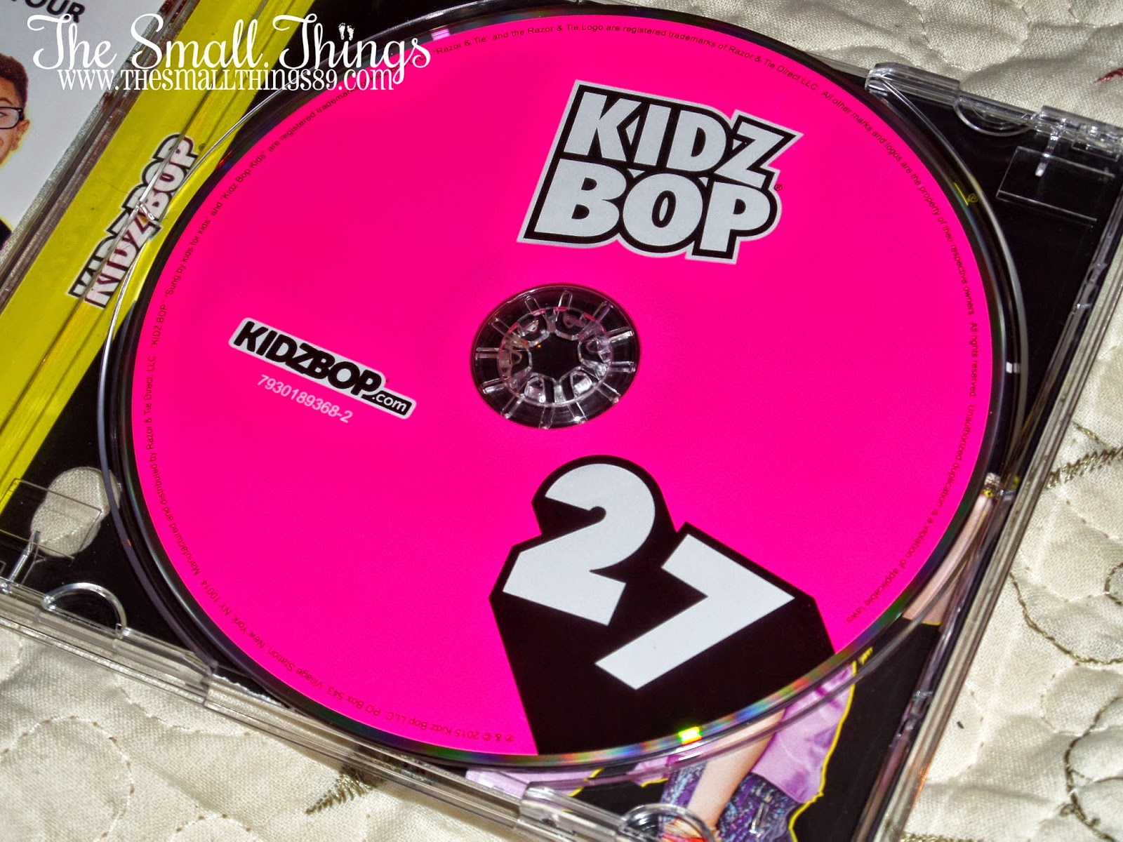 KIDZ BOP 27- Todays biggest hits sung by kids! ~ The Small Things