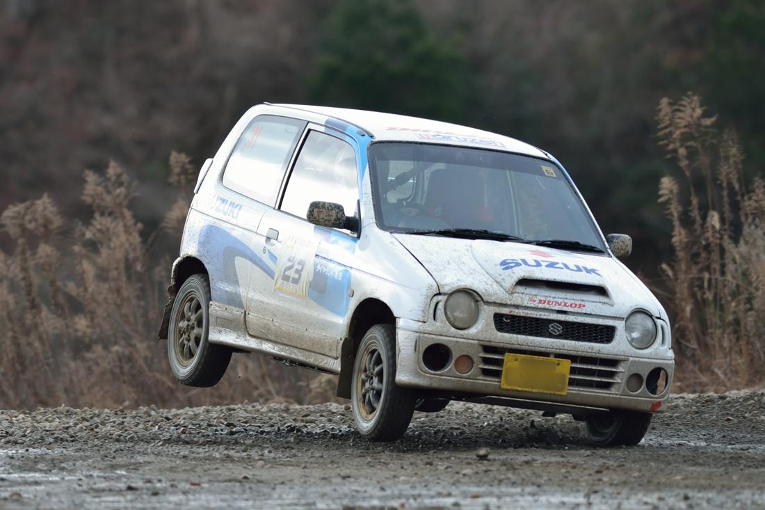 Suzuki Alto Works, kei car, awd, turbo, trzy cylindry, mały samochód, sportowy, wyścigi, Japonia