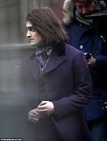 Primeiras fotos de 'Frankenstein' mostram Daniel Radcliffe no papel de Igor | Ordem da Fênix Brasileira
