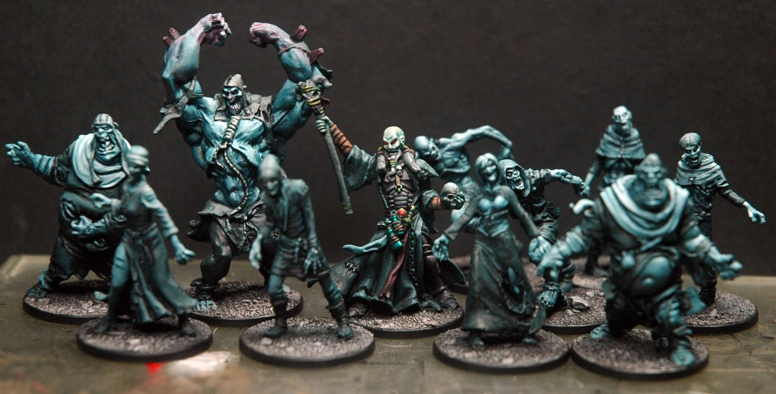 Zombicide Black Plague Un GeyseR De Miniatures