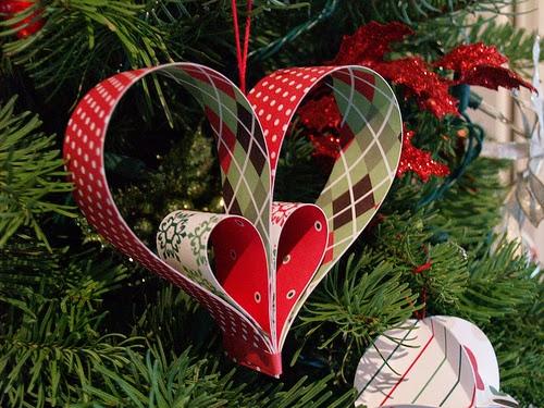 Adornos navideños en papel