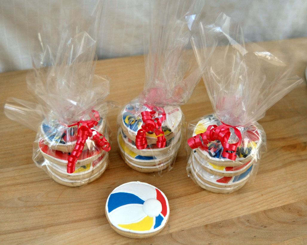 beki cook u0027s cake blog beach ball cookies