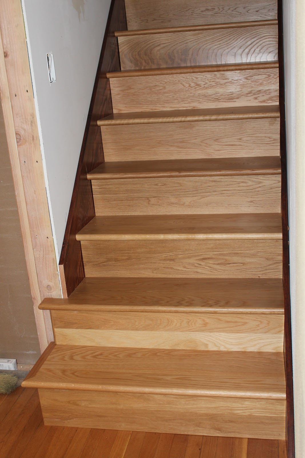 Stair skirtboard - The Stair Guy Will Be Back To Patch Some Gaps Between The Stairs And The Skirt Boards Due To The Bow In The Skirt Board And To Replace The Second To