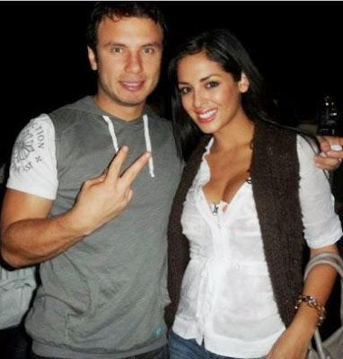 Jenko del Río junto a la modelo Andrea Luna
