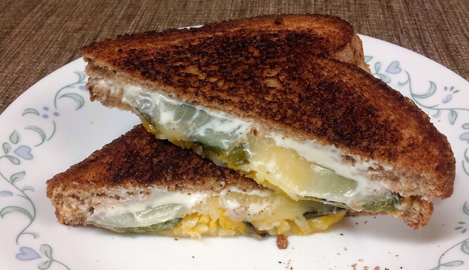 ... ... Healthy & Low Calorie: Jalapeno Popper Grilled Cheese Sandwich