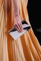 Метална чанта клъч, дизайн Viktor & Rolf