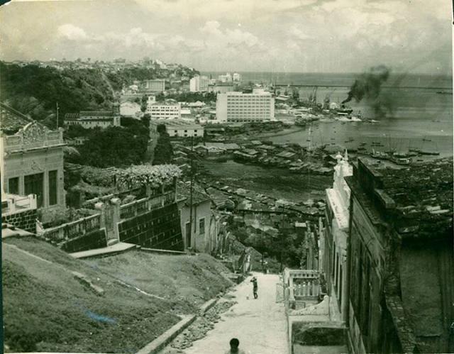 LADEIRA DA IGREJA DA LAPINHA EM 1938 ACESSO AO COMÉRCIO ONDE HOJE É O FERRY BOAT