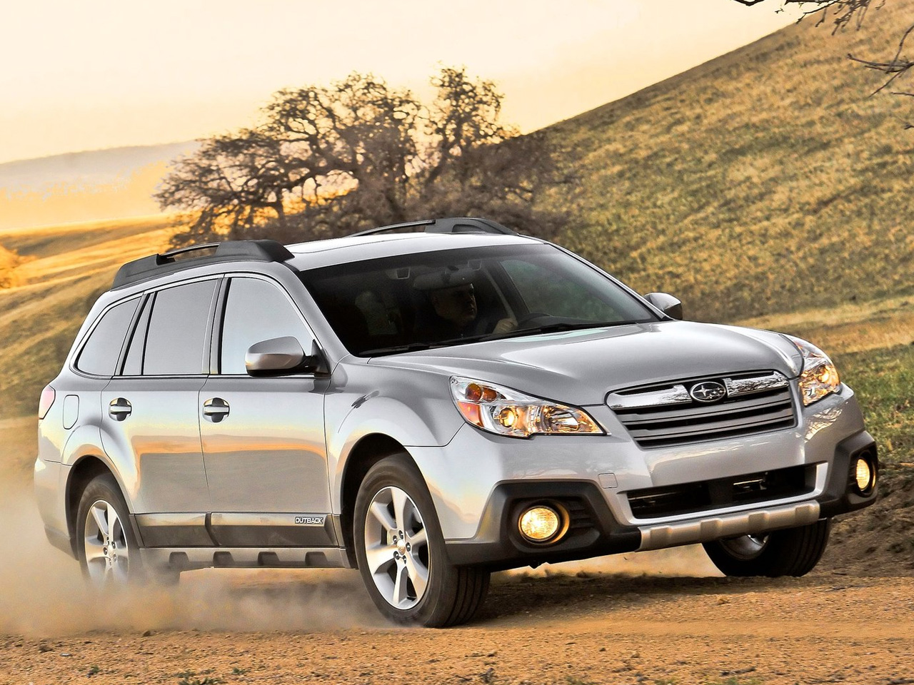 2013 subaru outback review and pictures car review specification and pictures. Black Bedroom Furniture Sets. Home Design Ideas