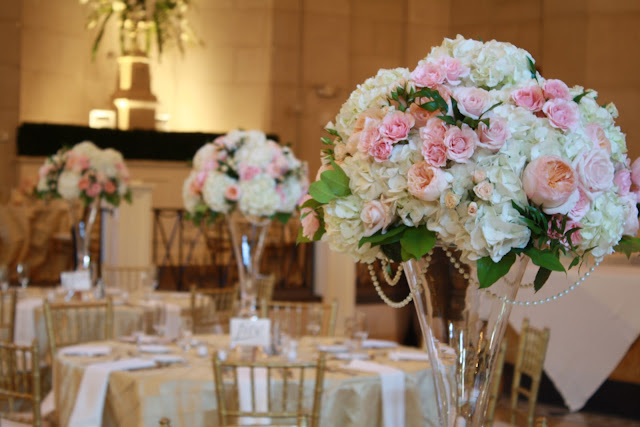 Saratoga Hall of Springs Reception Centerpiece - Splendid Stems Event Florals