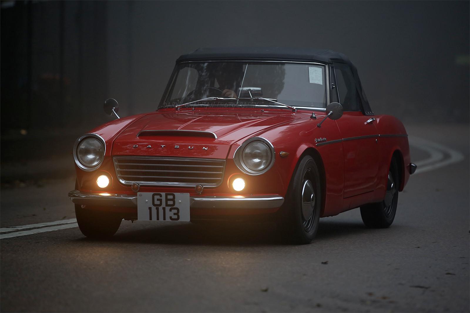 Datsun Fairlady, stare auta, kultowe roadstery, JDM, japońska motoryzacja, fajne samochody, unikalne, ciekawe