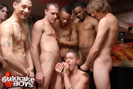 gay bareback escort annunci ragazzi gay