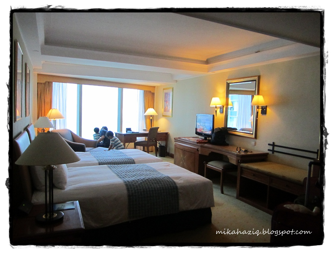 Mikahaziq hong kong hotel with family room finding one for Hotels with family rooms for 5