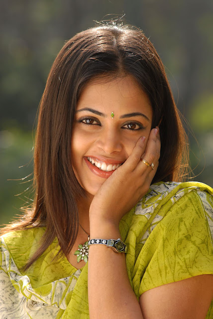 Sindhu Menon Face Closeup Stills
