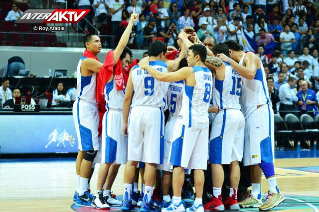 gilas pilipinas won over korea, gilas pilipinas versus korea, gabe norwood pictures, marcus douthit injured, marc pingris injured, marc pingris best player of the game, Fiba asia 2013, fiba world cup spain