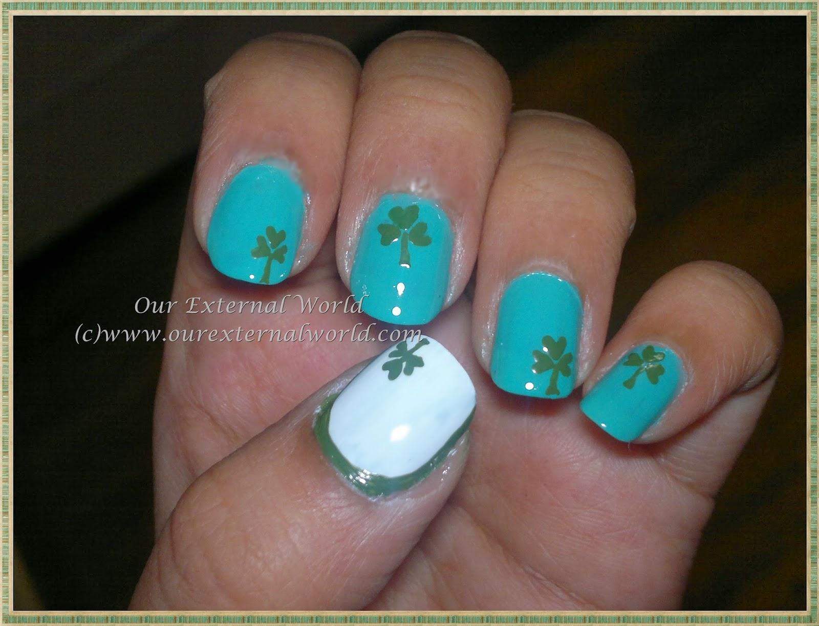 Saint Patrick\'s Day Nail Art - The Holy Trinity Clover