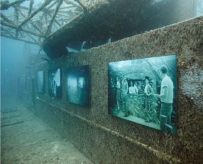 100 قدم تحت مستوى سطح البحر exhibition2_2.jpg